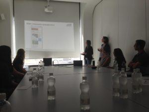 Präsentation im Sitzungsraum