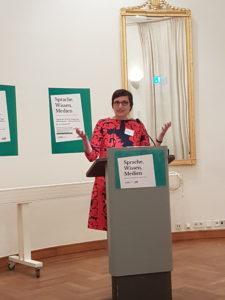 """Annette Leßmöllmann bei Tagung """"Literatur, Sprache, Medien"""""""