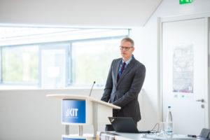 Carsten Könneker beim Vortrag