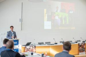Markus Weißkopf beim Vortrag